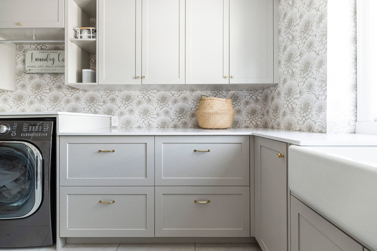 hb-design-laundry-room-with-wallpaper-2