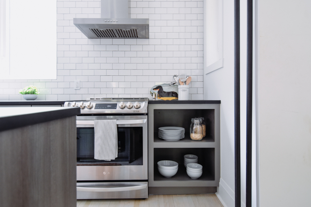 industrial-kitchen-design-stainless-appliances-montreal