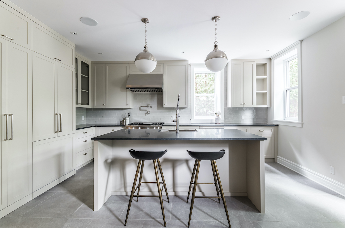 montreal-ca-kitchen-island-hb-design-3