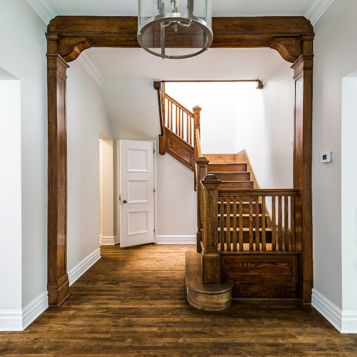 hardwood-staircase-montreal-ca