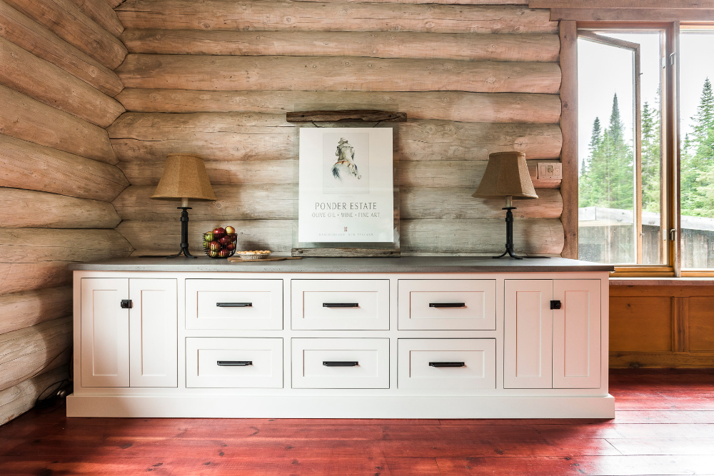 interior-design-side-table-counter-log-cabin-house