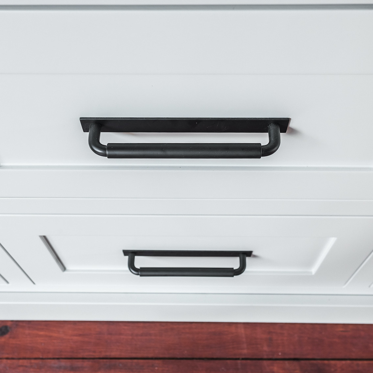 kitchen-drawer-hardware-mont-tremblant-lac-superieur